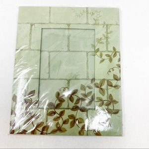 NEW Green Ivy Picture Frame 4 x 6